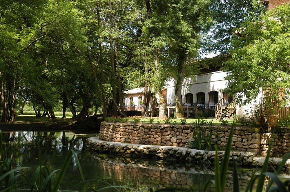 Moulin Du Val De Seugne  H U00f4tel  Restaurant  Mosnac En